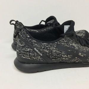 ASICS Black Iris Women Size 8.5 Running Shoes D52